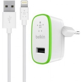 Belkin BOOST UP Ladegerät 2.4A mit festem Blitzladekabel 1,2m weiß