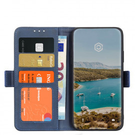 Casecentive Magnetic Leather Wallet Case 12 Pro Max blau
